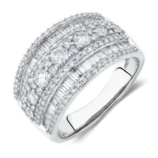 Ring with 1 1/2 Carat TW of Diamonds in 10ct White Gold