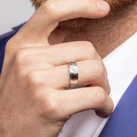 Men's Ring with Diamonds in 10ct White Gold
