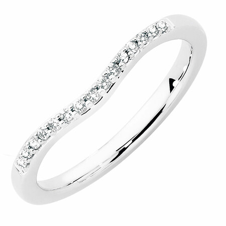 Wedding Band with 0.10 Carat TW of Diamonds in 18ct White Gold