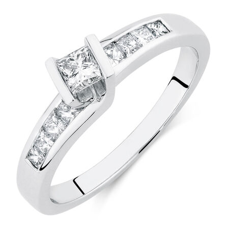 Engagement Ring with 1/2 Carat TW of Diamonds in 14ct White Gold