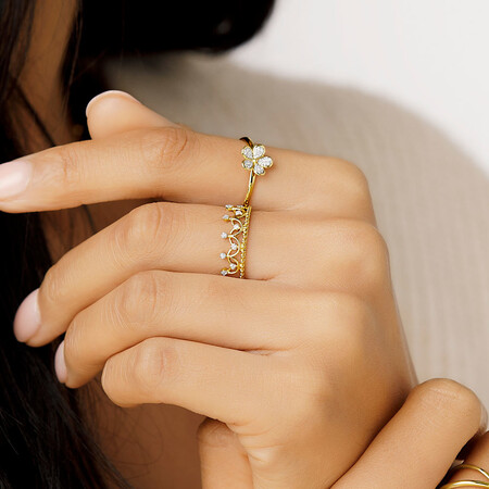 Flower Ring with 0.05 Carat TW of Diamonds in 10ct Yellow Gold