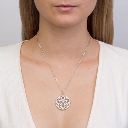 Circle Pendant with Cubic Zirconia in Sterling Silver