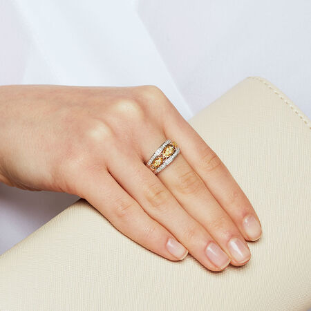 Ring with 0.38 Carat TW of Yellow & White Diamonds in 10ct Yellow & White Gold