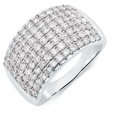 Ring with 1 1/2 Carat TW of Diamonds in 14ct White Gold