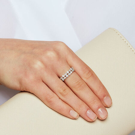 Ring with 0.65 Carat TW of Diamonds in 10ct White Gold