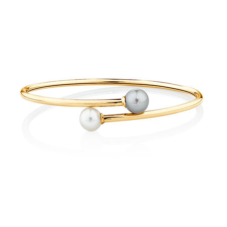 Bangle with Cultured Freshwater Pearl in 10ct Yellow Gold
