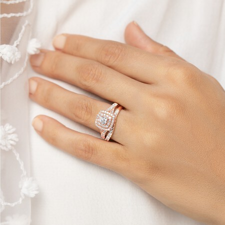 Bridal Set with 1.18 Carat TW of Diamonds in 14ct Rose Gold