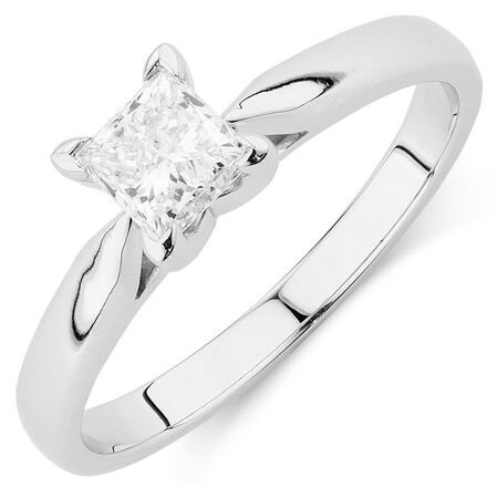 Solitaire Engagement Ring with 0.70 Carat Diamond in 14ct White Gold