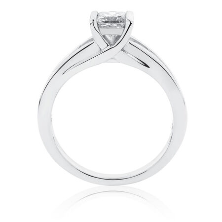 Engagement Ring with 1.09 Carat TW of Diamonds in 14ct White Gold