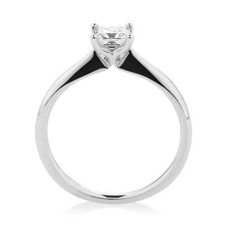 Certified Solitaire Engagement Ring with a 0.50 Carat TW of Diamond in 18ct White Gold
