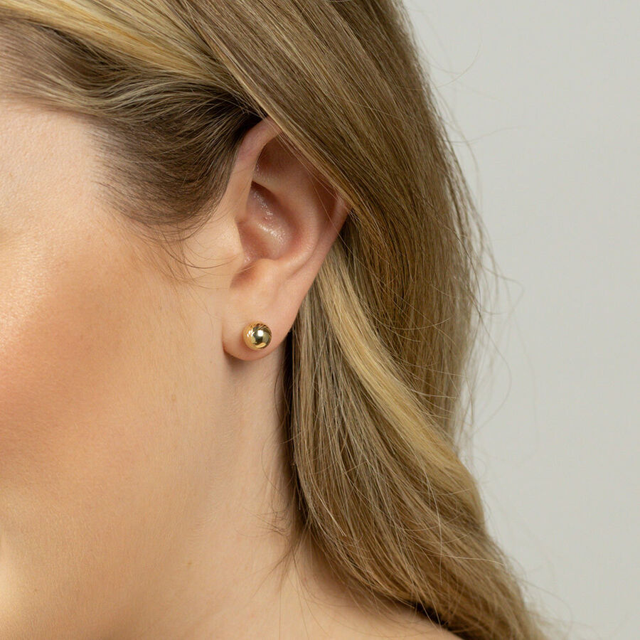 7mm Patterned Stud Earrings in 10ct Yellow Gold