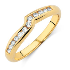 Wedding Band with 0.15 Carat TW of Diamonds in 18ct Yellow Gold