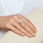 Ring with a Cultured Freshwater Pearl & Diamonds in 10ct White Gold