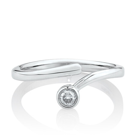 Pinky Ring with Diamond in Sterling Silver