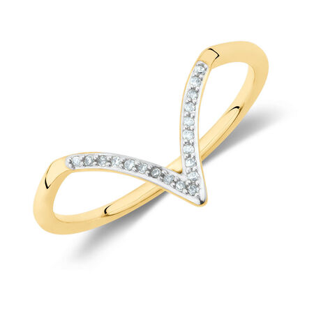 Diamond Set Chevron Ring in 10ct Yellow Gold