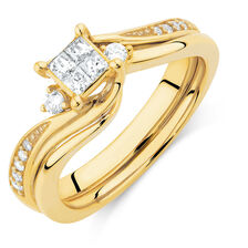 Bridal Set with 0.33 Carat TW of Diamonds in 10ct Yellow Gold