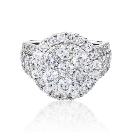 Halo Ring with 4 Carat Of Diamonds in 10ct White Gold