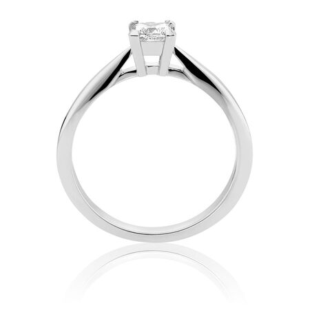 Certified Solitaire Engagement Ring with a 1/3 Carat TW Diamond in 18ct White Gold