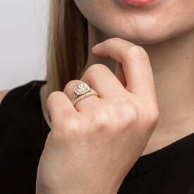 Bridal Set with 1.18 Carat TW of Diamonds in 14ct Yellow Gold