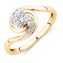 Engagement Ring with Diamonds in 10ct Yellow Gold