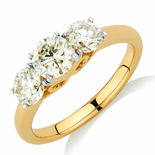 Engagement Ring with 1.60 Carat TW of Diamonds in 14ct Yellow Gold