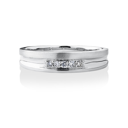 Ring with 0.10 Carat TW of Diamonds in 10ct White Gold